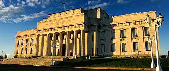 Auckland Museum, Auckland - gpsmycity.com